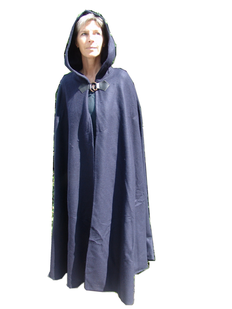 Wool cape with wolfs clasp Tjark Blue