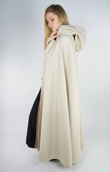 Wool cape Hero with wolf buckle Length 160 cm Natural