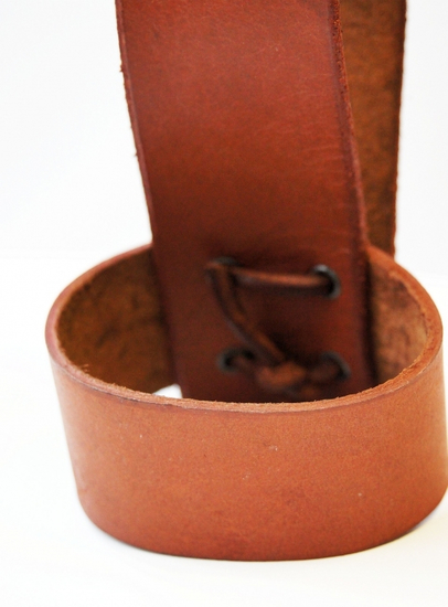 HH Leather horn holder