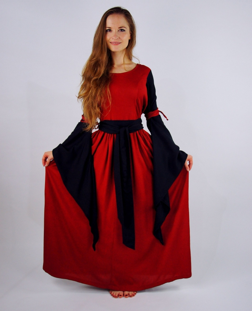 4904 noble medieval dress Dorell