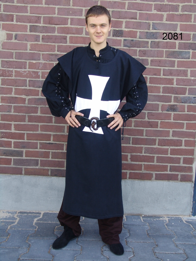Tunic of the Knights Templar Black and White