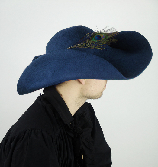Wool felt hat with feather Pieter Blue