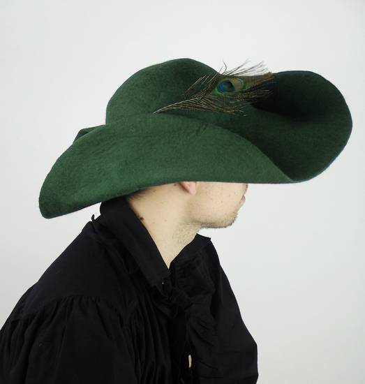 Wool felt hat with feather Pieter Green