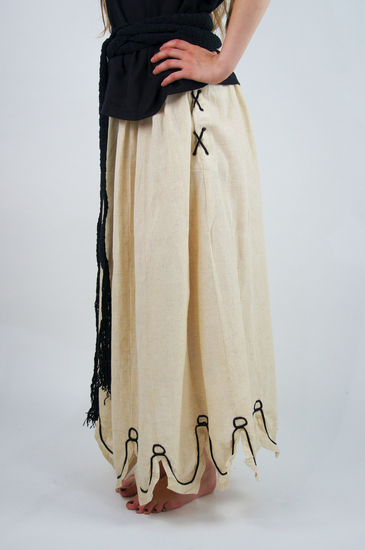 Medieval skirt with embroidery Svenja Natural