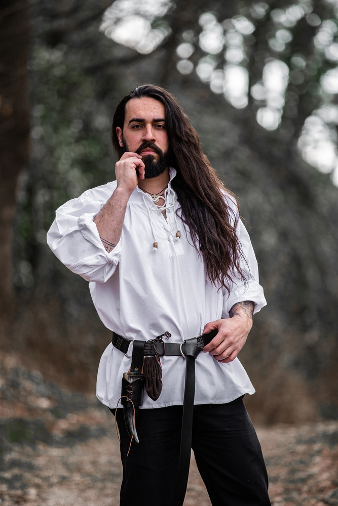 Typical medieval stand-up collar lace-up shirt Friedrich White