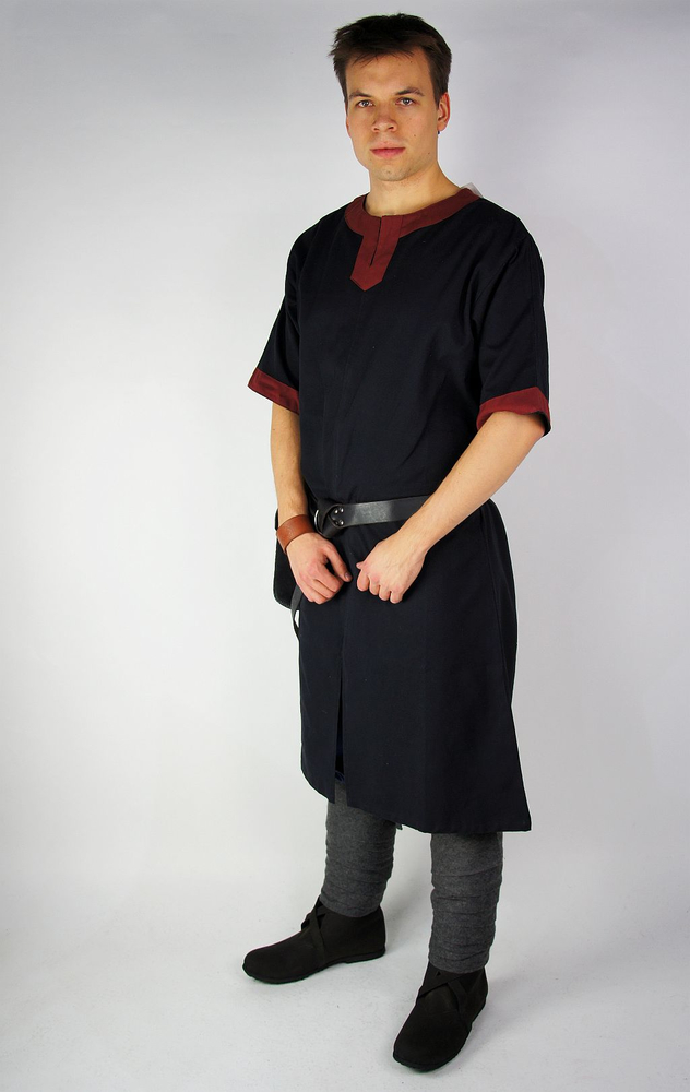 Short sleeve tunic with colour border Richard black/Red outlet colour