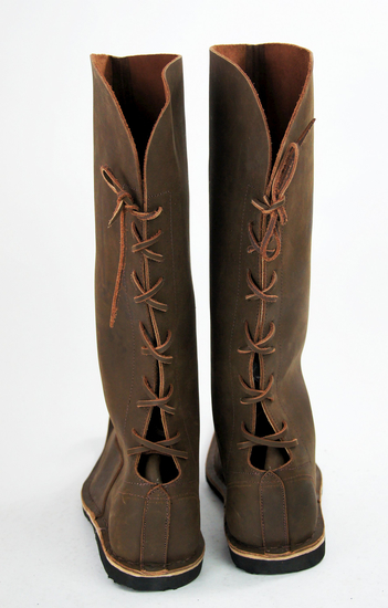 High beak boots Yngvar Brown