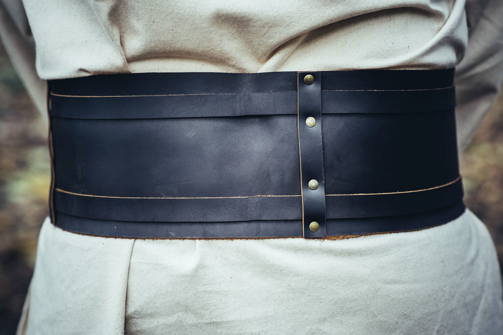 Wide viking belt Joon made of leather brown