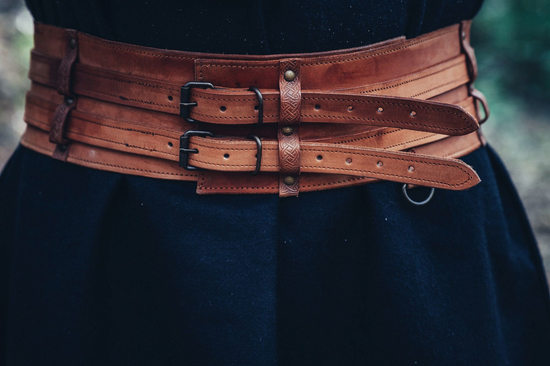 Viking belt Sif Cognac