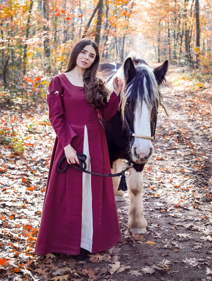 Medieval dress Larina Red/Natural