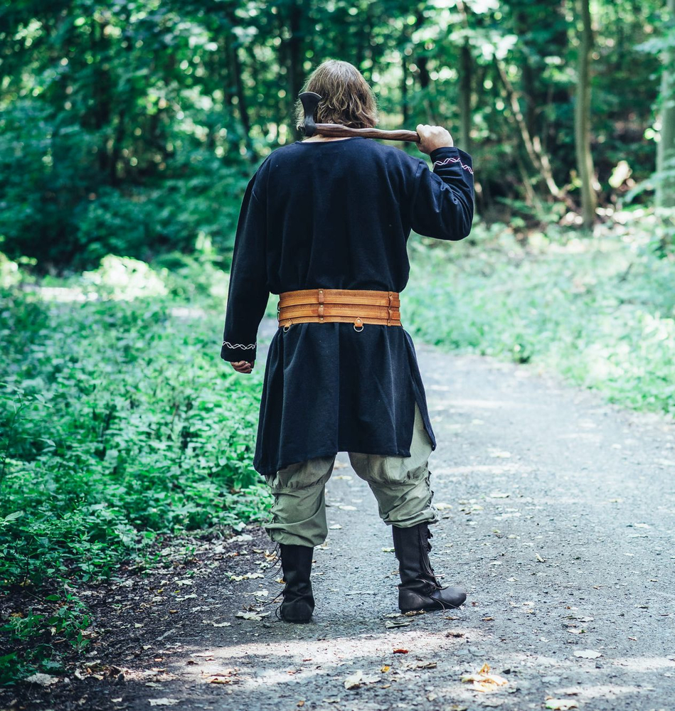 Viking tunic Freki with hand embroidery black