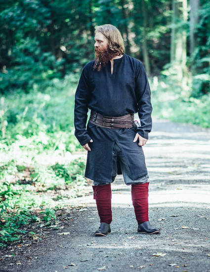 Viking long tunic Lennart- Black